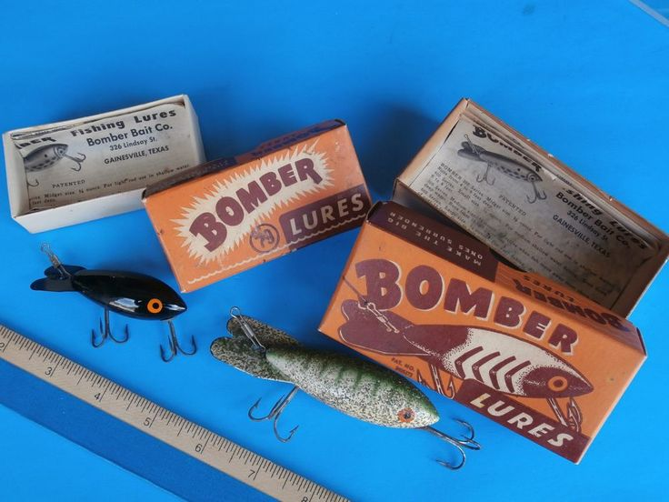 "2 Lures Vintage Lures Bomber Lures with Box and Papers 2-1/4"" & 3-1/4"""