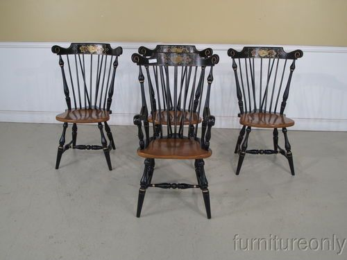 F34638: Set Of 4 ETHAN ALLEN Hitchcock Style Windsor Dining Room Chairs  Ethan Allen Dining Room Chairs