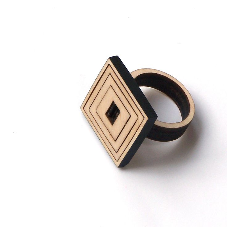 Elegant wooden jewelry by ardeola - 20USD - http://ardeola.hu/index.php/products-menu?view=project&id=18:gyuru-teszt