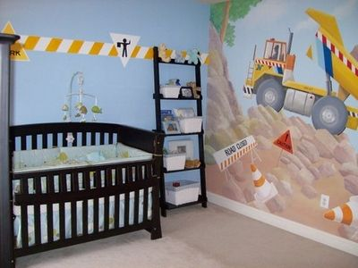 Best 25 construction nursery ideas on pinterest boys for Construction themed bedroom ideas