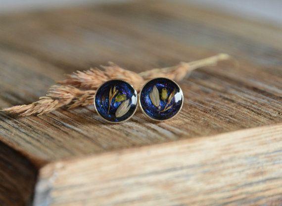 Real dried flowers little stud earrings blue by BalanceAtelier