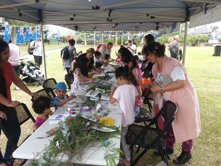 Australia Day 2017, Children's Botanic Collage Workshop at Hornsby Park, organized by Hornsby Shire Council. Creative Process Workshop.