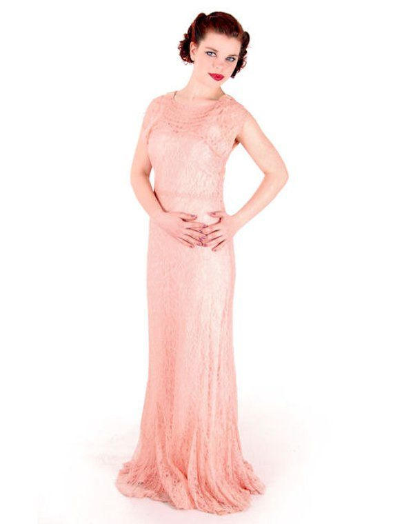 ad90949cfe6 On Sale Vintage Dress Peach Lace Tea Gown w  Bias Cut Slip   Capelet 1930s  32-29-38