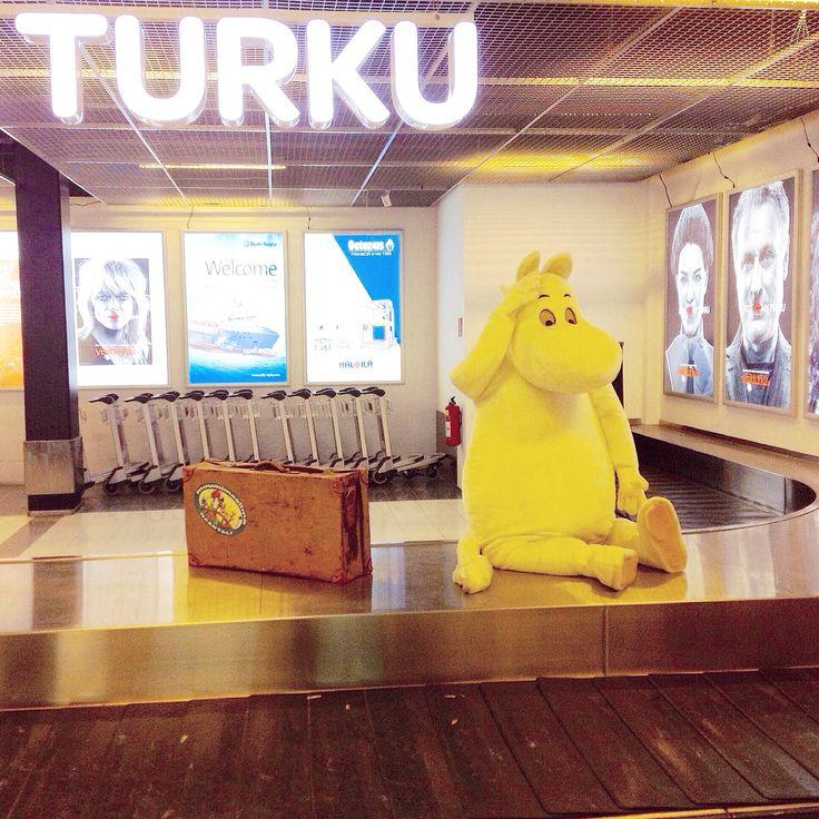 Moomin is also travelling to Turku Airport. He found his luggage, I didn't.  #Moomin #moominworld #travelingram #travellingtheworld #arrivals #turkuairport #Turku #airport #aviation #comics #character #kissmyturku