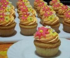 Ricetta cupcakes alla banana con crema di arachidi pubblicata da keomina - Questa ricetta è nella categoria Dessert e pralineria