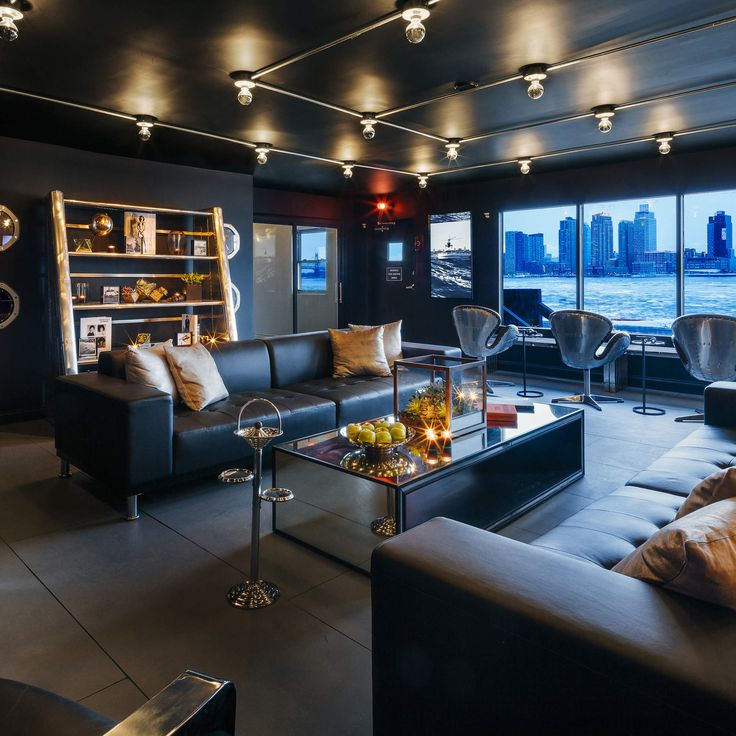 Go Inside BLADE Helicopter's New Private Passenger Lounge In NYC