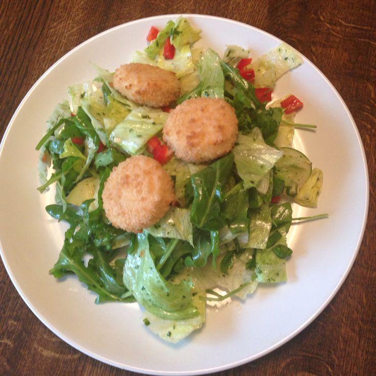 #Salat mit #ziegenkäsetaler