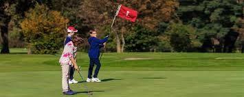 Children playing golf - Golf Club Udine Italy