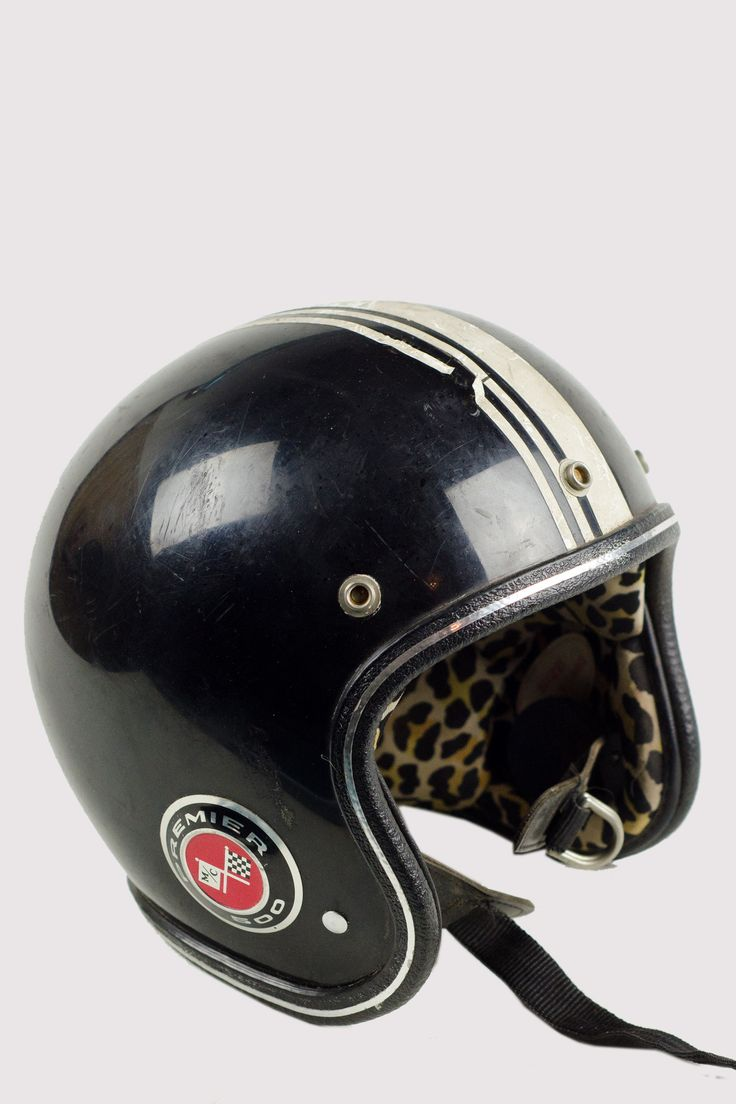Bell custom 500 gloss black vintage low profile helmet chopper harley - This Is A Great Vintage Helmet With A Little Flare On The Inside It S A Vintage Piece In Good Vintage Condition This Is An Xl Size