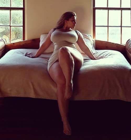 Beautiful Thick Women We Love Them  #viralsexypic #sexygirls #celebritry