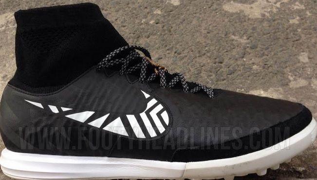 Nike Magista Proximo Indoor football boots