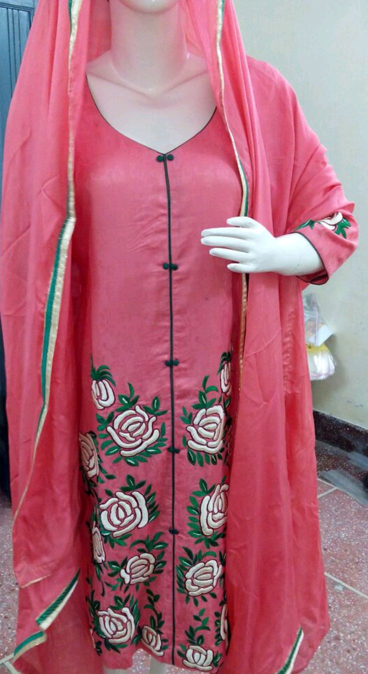 Hand embroidered pure cotton suit in pink color with