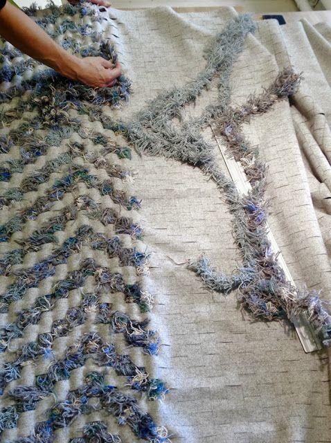 Re Rag Rug: latest recycled rug under construction. See first part here: http://reragrug.blogspot.se/2013/09/vi-tracklar-oss-fram.html