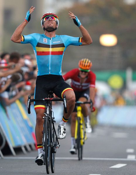 Greg Van Avermaet wins the Men's Road cycling race Rio 2016 Olympic Games / AFP / Adrian DENNIS