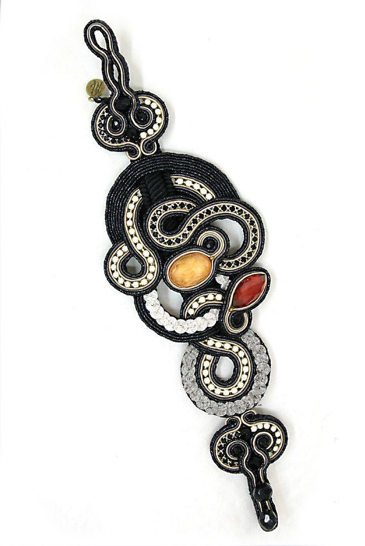 bracelets : Marabou