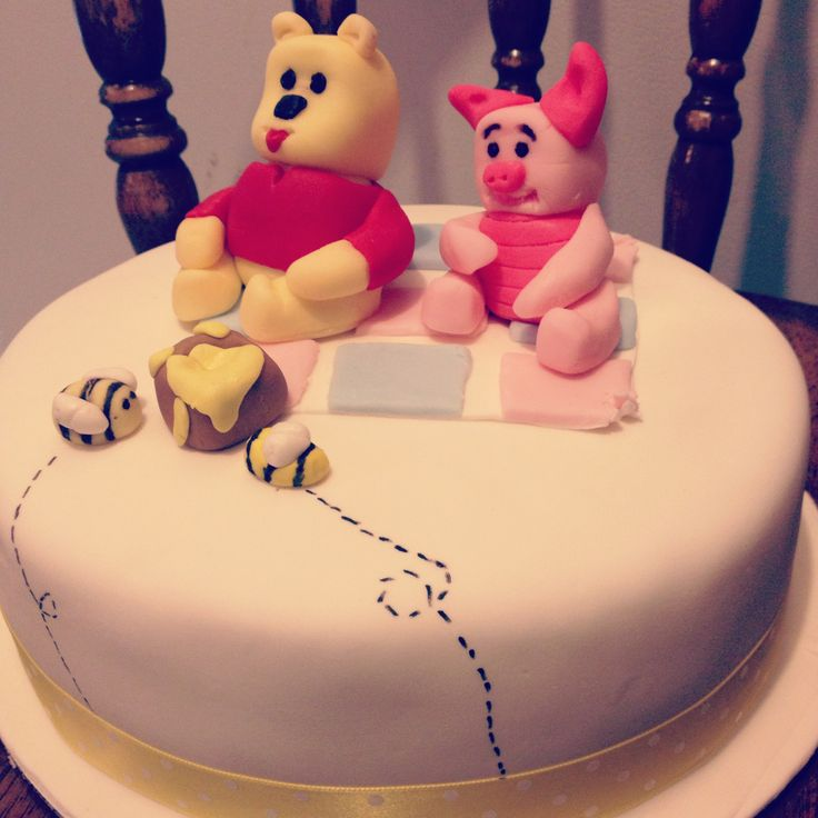 #Winniethepooh #babyshower #cake