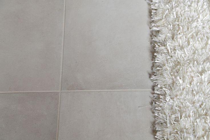 Minoli Tiles - The Chapel - Dreamwell White Matt 60/60 cm. https://www.minoli.co.uk/tiles/dreamwell-white/