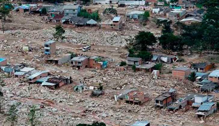 Expertos ambientales y la Organización Meteorológica Mundial señalan que la avalancha que terminó con la vida de más de 280 personas en Mocoa, Colombia estuvo influenciada por factores humanos como la deforestación y la mala planificación urbana.
