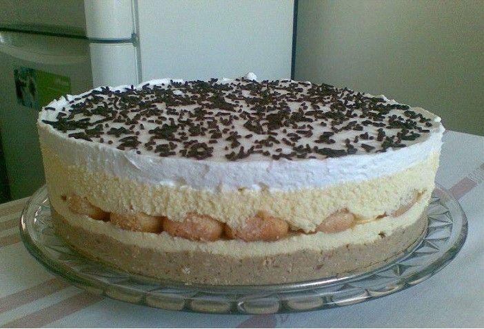Mestermű lett a torta, nem csak kinézetre, de ízre is!Természetesen az utolsó morzsáig elfogyott :) Hozzávalók 2 cs. gesztenyemassza, 15 dkg...