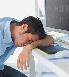 Do you feel sleepy all the time? Struggling to stop your sleep in the daytime? Has difficulty with concentration or attention, you may be wondering: Why do I feel too much sleep?