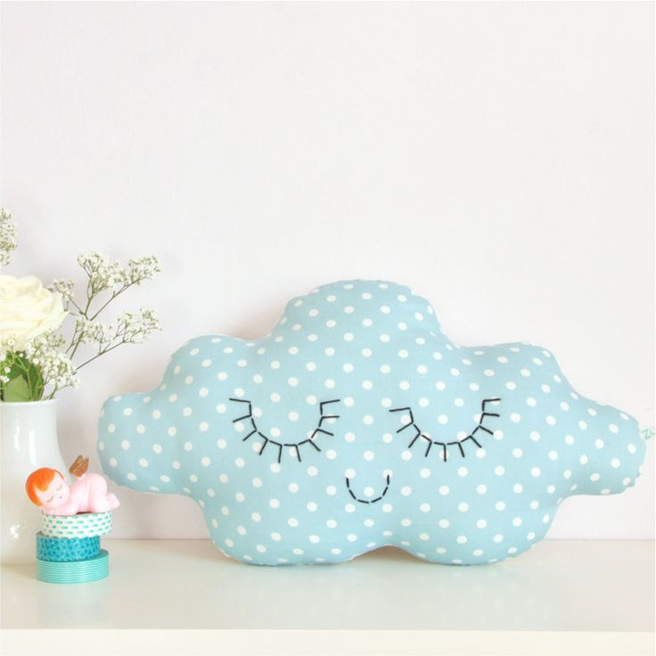 Cute Pillow For Kid : 83 best images about Almofadas lindas on Pinterest Cute pillows, Vw camper and Cloud cushion