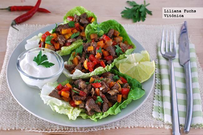 Receta de wraps o tacos de lechuga con de ternera salteada con verduras