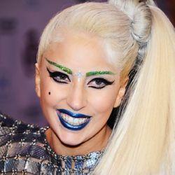 L'ultima frontiera del Beauty: il Make Up Adesivo! | BrandFan
