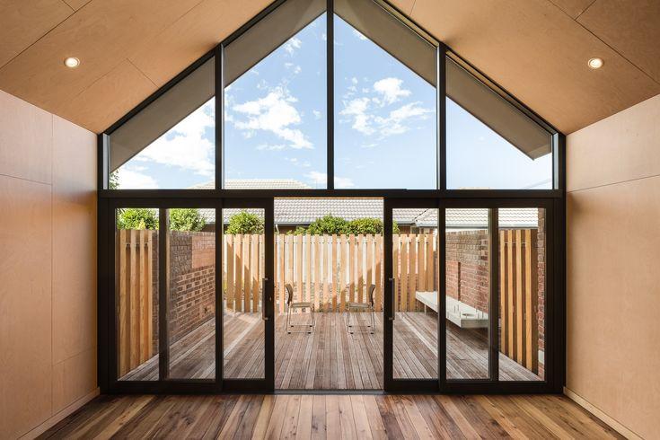 St Martins Community Centre / Plus Architecture