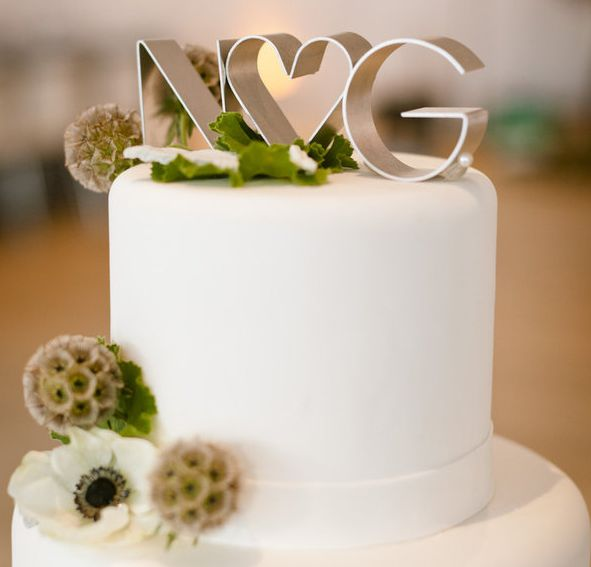 fantastic mix of transitional and modern #wedding #cake #topperWedding Cake Toppers, Modern Cake, Grooms Cake, Cute Ideas, Wedding Cakes, Cookies Cutters, Wedding Toppers, Elegant Cake, Simple Cake