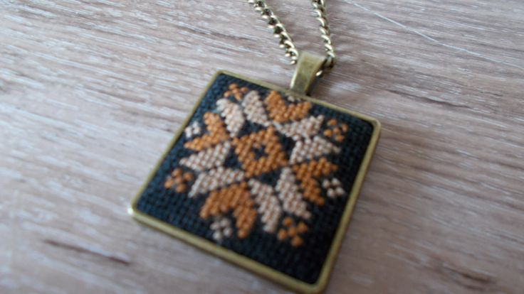 Square pendant featuring a geometrical pattern by DoriArt on Etsy