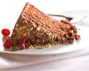 tort de ciocolata-zmeura alune