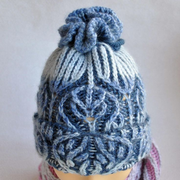 Brioche stitch. Womens Knit Cap. Winter hat hand made.  2 color brioche knitting. Cap two-way. Hat knitted wool.  yarn Pekhorka (wool 50% and acrylic 50%). No seams. One size fits most. Colors: light blue, blue. When using this hat: Hand wash (40°C)