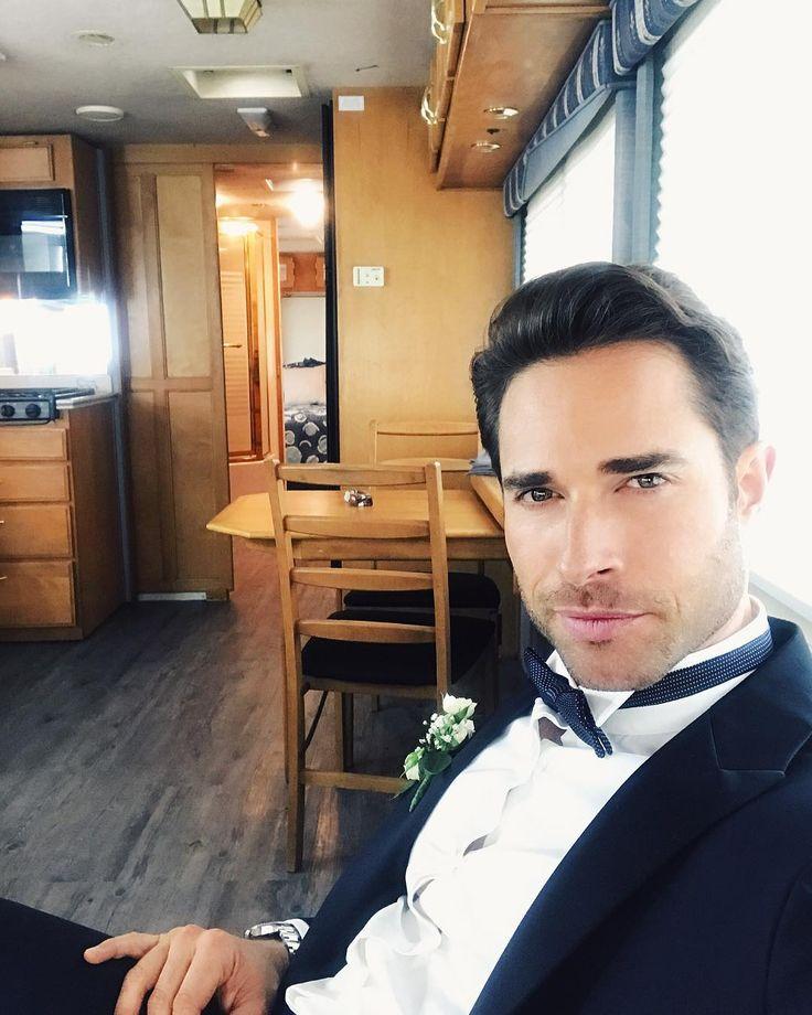 "55.9 mil curtidas, 666 comentários - Sebastian Rulli (@sebastianrulli) no Instagram: ""Waiting for... @papaatmof #MauricioLopezGarza #Papaatodamadre #Próximamente"""