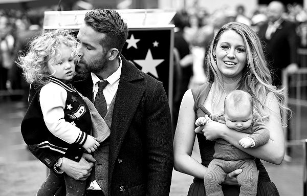 Ryan Reynolds and Blake Lively with their children attend the ceremony honoring actor Ryan Reynolds with a Star on The Hollywood Walk of Fame held on December 15, 2016 in Hollywood, California.