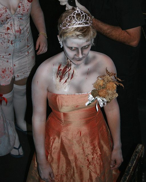 zombie prom queen makeup: This would be the coolest prom ever!!! XD