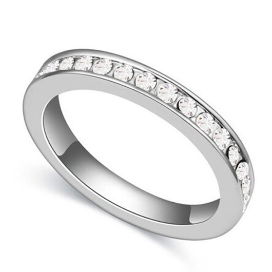 I have made this selective precious diamond wedding ring collection as a characteristic extension of my energy for commending love. Each precious stone is hand set and meets my necessity of close shading less quality.