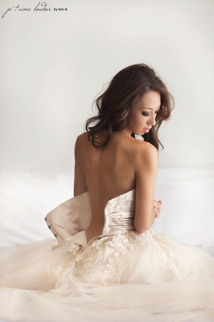 Gift for the groom: Boudoir shot in dress.