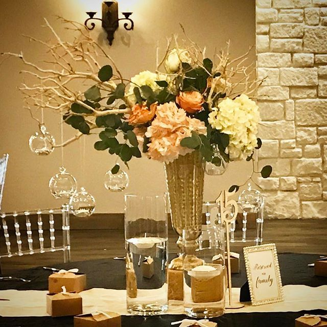 🍹🍹🍹Hanging bubbles are the perfect touch for today's wedding centerpiece.🍹🍹🍹 #peach #peachwedding #apricot #apricotblossom #event #eventplanner #today #weddingday #weddingseason #weddingdress #weddingflowers #weddingplanner #weddingfloristry #weddingflorals #weddingflorist #weddingdecor #weddingphotographer #weddings #dallas #dallasweddingplanner #dallasweddingflorist #hangingcandles #weddingdecor #dfw #dfwweddingphotographer #flowermoundtx #flowermound #lakesidedfw @theprologueteam…