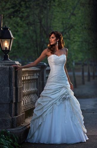 Unusal Beach Wedding Dresses A Line Strapless Floor Length Fit G