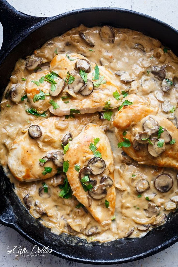Creamy Champagne Chicken | http://cafedelites.com
