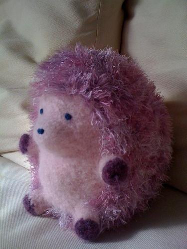 Huggable Hedgehog Knitting Pattern : 1000+ images about HEDGEHOGS on Pinterest Hedgehog ...