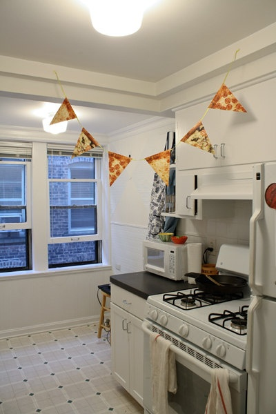 It's Pizza Time Pizza Garland by pleaseandthanks on Etsy, $10.00