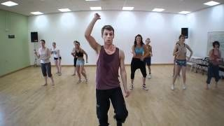 One of the best zumba videos I have seen... this guy is amazing!