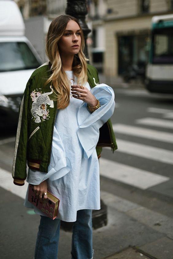 Wat vinden jullie van deze outfit dames, gaaf toch. Vooral zo'n bomber jacket is erg leuk. Vind de perfecte bomber jacket nu in de uitverkoop via Aldoor. #mode #dames #vrouwen #style #jas #zomerjas #bomber #jacket #women #fashion #sale