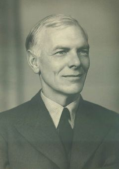 Malcolm Muggeridge-Highly iconoclastic English wit who became a catholic convert and mystic from early socialist and agnostic origins