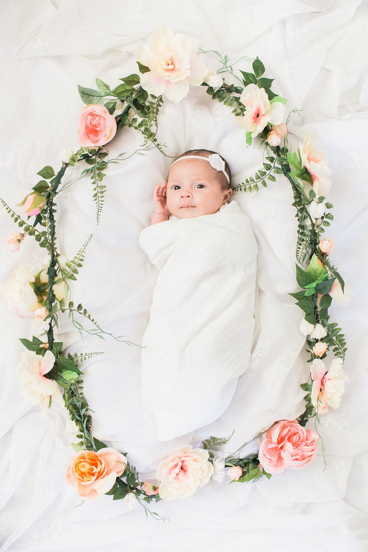 Avery's Newborn Session | The Little Umbrella - Photo by Kaysen Photography