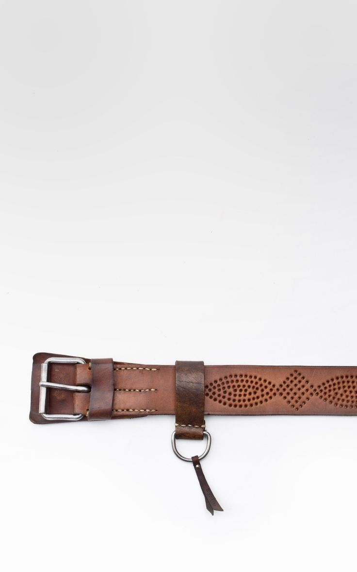 Dukes Finest Artisan belts - Tequila - Discover more on https://boulesse.com/Dukes-Finest-Artisan - Shipping to 47 countries worldwide