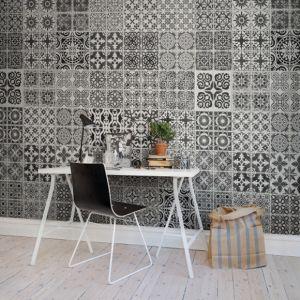 Image issue du site Web https://decoatouslesetagesleblog.files.wordpress.com/2014/07/panneau-mural-rebellwalls-frontage-marrakech-au-fil-des-couleurs.jpg?w=300&h=300