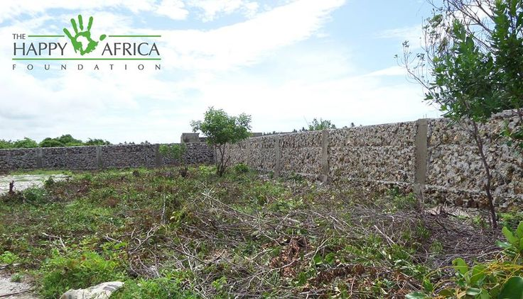 The new Educational Community Centre in Jambiani is coming along nicely! The wall and gate have been completed and volunteers from African Impact - Zanzibar have been hard at work clearing the land for building!   However, this project is still in great need of funds!   You can help from home by donating online: http://uk.virginmoneygiving.com/fundraiser-web/fundraiser/showFundraiserProfilePage.action?userUrl=JambianiEducationalCommunityCentre