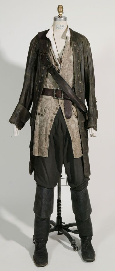 - Will Turner's costumes are also the sort of thing the member of the thief guild or the mercenary groups would wear